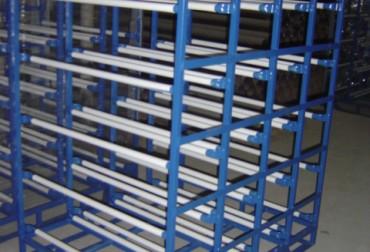 Rack pentru transportul si depozitarea a 40 bidoane de apa